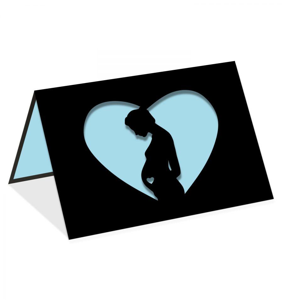 Femme enceinte coeur bleu