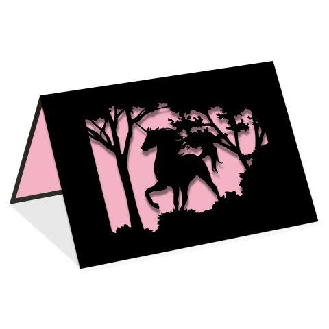 Licorne forêt rose