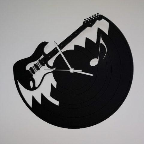 37-008-Guitare-électrique-Noire