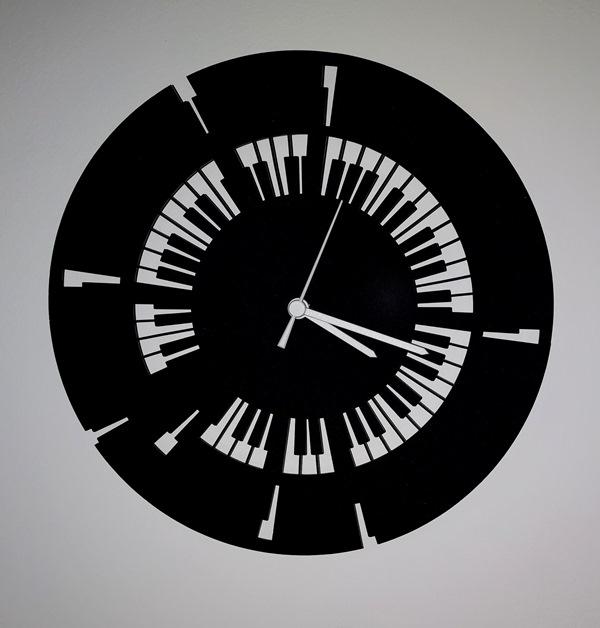 37-009-Piano-Noire