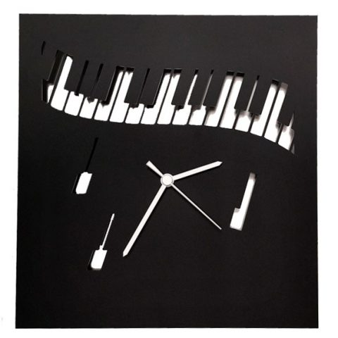 Piano keyboard clock (black)